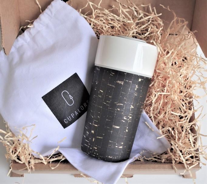 Cupalors - Tasse de voyage - Cuir de liege - Noir Or - packaging gobelets recyclés